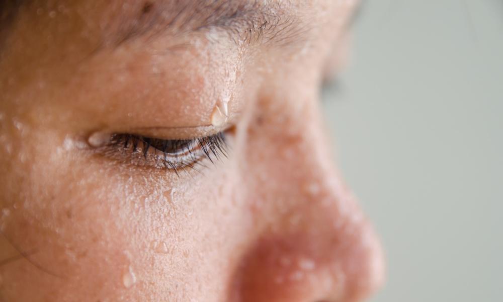 kuat berpeluh kuat berpeluh 5 Cara Atasi Masalah Kuat Berpeluh Sweat Miracle